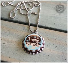 nostalgic root beer bottle cap necklace. Stocking Stuffer! Christmas Crafts For Gifts, Christmas Photos, Craft Gifts, Christmas Time, Bottle Cap Jewelry, Bottle Cap Necklace, Beer Cap Art, Beer Caps, Bottle Cap Projects