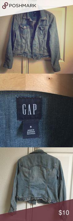 Gap denim jacket Gap vintage light wash denim jacket GAP Jackets & Coats Jean Jackets