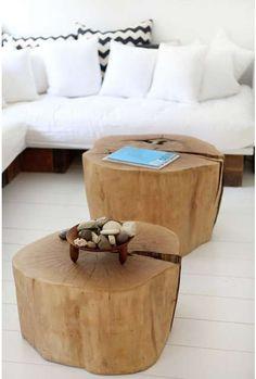 Mesitas de café hechas de troncos...