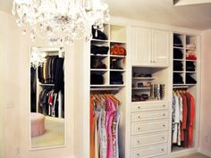 Kate Cullen Design Consultant From California Closets Twin Cities Created A Stunning Example Of Boutique Walk In Closet Organization With Stylish