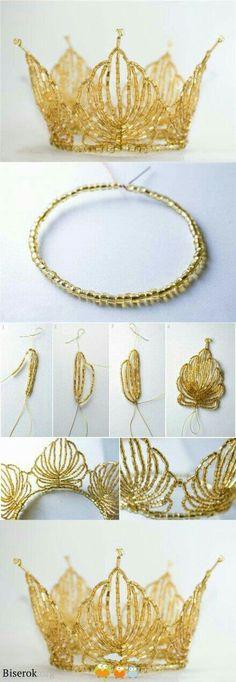 Corona crown I know this isn't jewelry but It has to do with beads so it works Corona Krone Ich weiß, dass dies kein Schmuck ist, aber es hat mit Perlen zu tun, damit es funktioniert Wire Jewelry, Beaded Jewelry, Jewelery, Jewellery Box, Lovisa Jewellery, Jewellery Shops, Beaded Necklaces, Handmade Jewellery, Bead Crafts