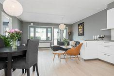 (2) RINGNES PARK - Strøken 4-roms selveierleilighet med egen hybeldel (3-roms + 1-roms) | Garasjeplass | Heis | To balkonger | Flott, felles takterrasse | FINN.no