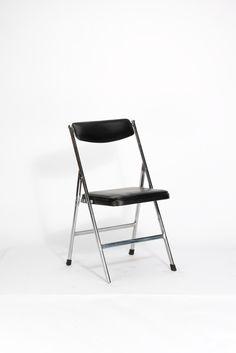 Entwurf unbekannt, Klappstuhl mit beweglicher Rückenlehne (1970er)
