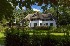 Landhuis bouwen rietgedekt op ruime kavel midden op de Veluwe!