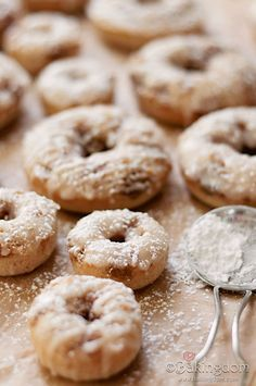 French Toast Doughnuts--finally a baked doughnut that looks good!