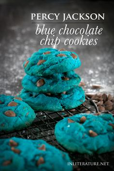 While it may not be in liquid form, these delicious blue chocolate chip cookies are what I imagine Percy Jackson's elixir to taste like. Super quick and easy to make as well! Percy Jackson Birthday, Percy Jackson Party, Percy Jackson Fan Art, Percy Jackson Memes, Percy Jackson Fandom, Percy Jackson Tattoo, Percy Jackson Crafts, Percy Jackson Characters, Blue Cookies
