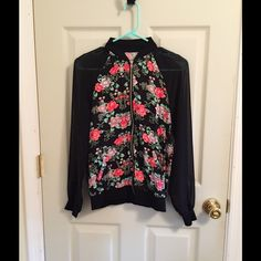 Kiley& Kendal Jacket EUC, wore twice. Super cute with see through sleeves. PacSun Tops
