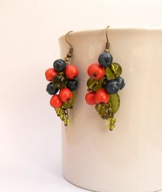 Berry earrings - Fall earrings - Fall leaves - Handmade earrings