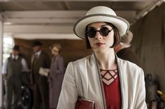 Shortly after we meet Lady Mary Crawley of Downton Abbey fame, her style icon status is quickly solidified with a menswear-inspired riding outfit. Downton Abbey Costumes, Downton Abbey Fashion, Mary Costume, Downton Abbey Season 6, Lady Mary Crawley, Elizabeth Mcgovern, Michelle Dockery, Fashion Seasons, Couture