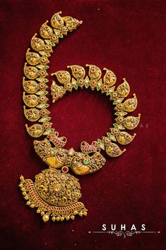 Indian wedding necklace for bride #weddingnet #wedding #india #kolkatawedding #indian #indianwedding #weddingphotographer #candidphotographer #weddingdresses #mehendi #ceremony #realwedding #lehenga #lehengacholi #choli #lehengawedding #lehengasaree #saree #bridalsaree #weddingsaree  FOLLOW OUR INSTAGRAM @WEDDINGNET Bridal Jewellery, Wedding Jewelry, Lehenga Wedding, Photography Packaging, Mehendi, Real Weddings, Wedding Photography, Photoshoot, Indian