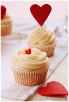 The art of cupcakes: Cupcakes de fresa y chocolate blanco