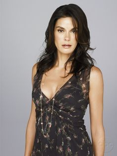 Susan Delfino | It was common knowledge on Wisteria Lane that where Susan went, bad luck was sure to follow. Her misfortunes ranged from the commonplace, to the unusual, to the truly bizarre. Known for being a hopeless romantic and a klutz, Susan is arguably the most fragile of all the housewives.