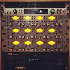 Universal Audio Rack