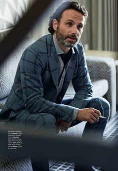 In honor of the finale tonight, the gorgeous men of The Walking Dead. Andrew Lincoln.