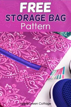 Free pattern for the best diy storage bag out there! It's a multifunctional storage pouch for home and travel. It's neat, lightweight, it makes everything easy to store. Grab this free pattern and keep everything neatly organized - a great shoe storage bag, diy project bag, fabric storage and hanging home organizer - all you need for diy home organizing! #freepattern #sewing #diystorage #homeorganizing #diybag Easy Sewing Patterns, Bag Patterns To Sew, Easy Sewing Projects, Sewing Projects For Beginners, Sewing Tutorials, Sewing Ideas, Shoe Storage Bags, Fabric Storage, Diy Storage