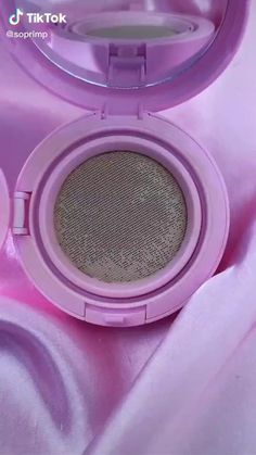 Cushion compact gives skin the perfect coverage and flawless look while hiding imperfections and dull skin tone. SPF 50 PA+++ formulation provides sun protection to prevent darkening and premature aging. Silica bead powder helps control sweat and sebum for hours-long perfection. Bamboo water and baobab fruit extract help maintain moisture in the skin. #TikTokProducts #affiliate #KBeauty #Koreanbeauty #shop #amazingmakeupproducts K Beauty, Beauty Makeup, Beauty Hacks, Beauty Tips, Makeup Toys, Missha, Dull Skin, Korean Makeup, Toys For Girls