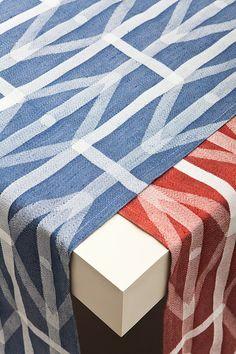 Eindhoven studio RawColor - linen for the Textiel Museum