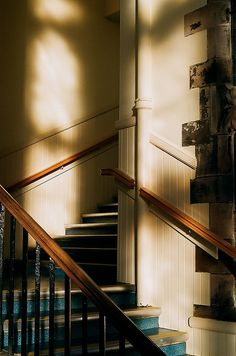 sunlight on stairs Luz Natural, Morning Light, Light And Shadow, Film Photography, Aesthetic Pictures, Sunlight, Scenery, Cottage, In This Moment