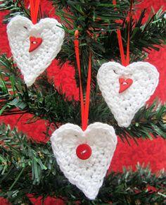 Christmas_crochet_hearts