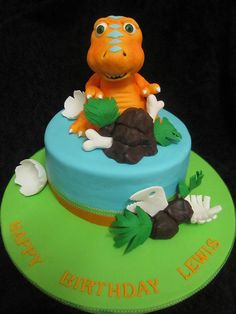 Buddy from Dinosaur Train cake. My baby boys most favorite cartoon  :-)