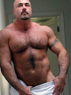 Muscle daddy hunk selfie hairy