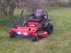 Types Of Lawn, Zero Turn Lawn Mowers, Outdoor Power Equipment, Ideas, Tractors, Garden Tools, Thoughts