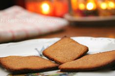 Mammalivet: Julebakst Oppskrift: Lavkarbo Pepperkaker Foods Without Sugar, Holiday Baking, Cornbread, Cheesecake, Low Carb, Sweets, Eat, Ethnic Recipes, Desserts