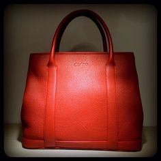 Day tote in luxe orange leather
