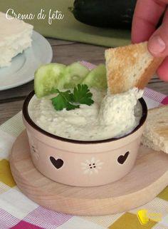verticale_crema di feta spalmabile ricetta mousse di feta per crostini panini dip pinzimonio ricetta il chicco di mais
