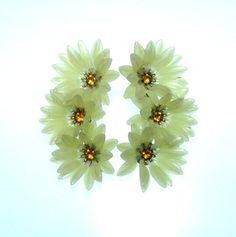 Vintage 60s Flower Earrings / Soft Plastic by BreesVintageRevivals, $16.00