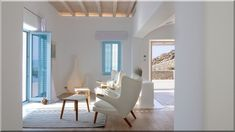 Scarlett I is a luxury villa for rent in Mykonos, Greece. The Villa has 7 bedrooms and can host up to 14 guests. Luxury Homes Interior, Modern Interior Design, Greek Bedroom, Greek Decor, Modern Tiny House, Home Decor Quotes, Villas, Apartment Interior, White Decor