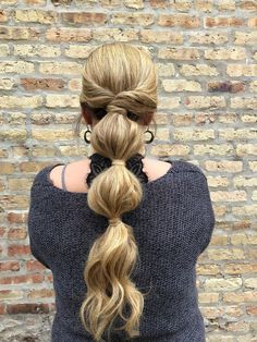 bubble ponytail | hair by goldplaited | hair trends 2018 | nyfw style | updo hairstyles | casual hairstyles | unique ponytail #hairtrends #ponytail #updo