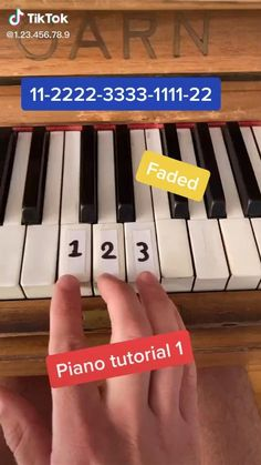 Piano Sheet Music Letters, Piano Music Easy, Piano Music Notes, Beginner Piano Songs, Keyboard Notes For Songs, Song Notes, Violin Music, Piano Lessons, Music Lessons
