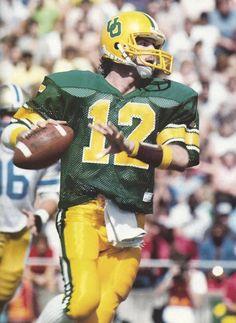 Oregon quarterback Chris Miller. www.fanbase.com