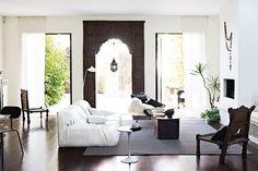 Beautiful Melbourne House with Exotic Home Decor ♥ 79 Ideas Interior Exterior, Interior Architecture, Interior Design, Eclectic Design, Interior Door, Moroccan Decor, Moroccan Style, Modern Moroccan, Moroccan Interiors