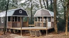 """A She-Shed and a Man-Cave combined into this awesome """"We-Shed"""" for the backyard! We just love this idea! What do you think? We spotted these awesome Sheds by Portable Buildings of Houston and thought this Shed To Tiny House, Tiny House Cabin, Tiny House Living, Small House Plans, Tiny Cabin Plans, Mini Shed, Living In A Shed, Shed Design, Tiny House Design"""