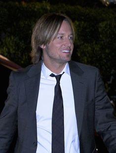 Keith Urban Photos - Keith Urban Arriving At 58th Annual BMI Country Music Awards - Zimbio