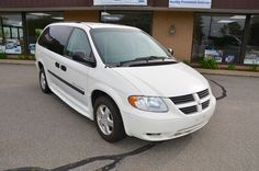 Front Right Side View of the 2006 Dodge Grand Caravan SE with a Braun Entervan Conversion For Sale
