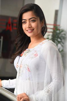 Viewing Actress Rashmika Mandanna Gallery - Actress Rashmika Mandana at Sarileru Neekevvaru Movie Interview Pictures 17 in Rashmika Mandanna Gallery. Browse more Photos of Rashmika Mandanna at Kollywood Zone's Rashmika Mandanna Image Gallery. Bollywood Heroine Photo, Indian Heroine Photo, Bollywood Actress Hot Photos, Bollywood Girls, Beautiful Bollywood Actress, Beautiful Actresses, Beautiful Heroine, Beautiful Girl Indian, Most Beautiful Indian Actress