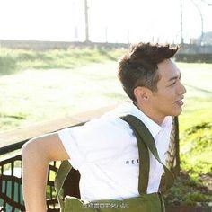 Kai Instagram Accounts, Instagram Posts, Kos, Film, Couple Photos, Taiwan, Chen, Flower, Movie