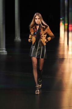 Cara Delevigne walks in Saint Laurent S/S 15 // #PFW #SS15 #Runway #RTW