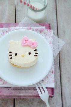 Hello Kitty Cheese Cake