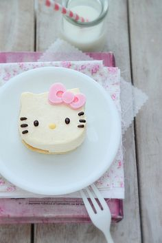Hello Kitty Cheese Cake