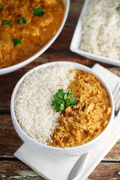 This Slow-Cooker Chicken Curry Recipe is super easy to throw together and full of great flavour. This is a super easy family dinner recipe!