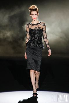 Badgley Mischka - Ready-to-Wear - Fall-winter 2013-2014 - http://en.flip-zone.com/fashion/ready-to-wear/fashion-houses-42/badgley-mischka-3532 - ©PixelFormula