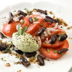 Indian Summer Tomato, Orange & Sweet Onion Salad | LunaCafe