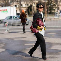 #LubakiLubaki   #AlexandreGaudin @Margaret__Zhang #During @ChanelOfficial #PFW www.lubakilubaki.com by Alexandre Gaudin #StreetStyle #MargaretZhang #Photo #NoFilter #Stylish #InstaFashion #Instalike #StreetFashion #LifeStyle #Blog #Mode #Outfit #ootd #Fashion #FashionWeek #FashionWeekParis #PFW16 #FW16 #WomensWear #Chanel #Paris http://ift.tt/1Se0flT