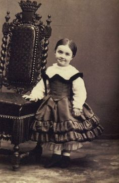 Queen Mercedes as a child
