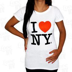 Klassisches I LOVE NY T-Shirt für Frauen in Weiss mit Rundhalsausschnitt. Typischer New York City Style mit zeitlosem Design und ideal kombinierbar mit jedem Outfit. Sehr feine und robuste Baumwolle mit Lycra (Elastan) und hochwertigem I LOVE NEW YORK Aufdruck. Original I LOVE NY® Lizenzprodukt.