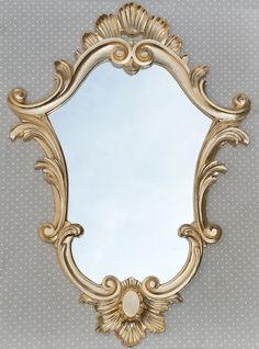 Espelho Veneziano Dourado    Moldura de Resina    Decore com estilo!    Medida: 88 x 61 cm